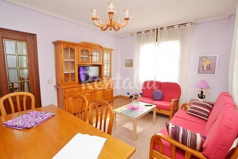 Apartamento en alquiler en arnuero isla playa arnuero for Radiadores 7 islas