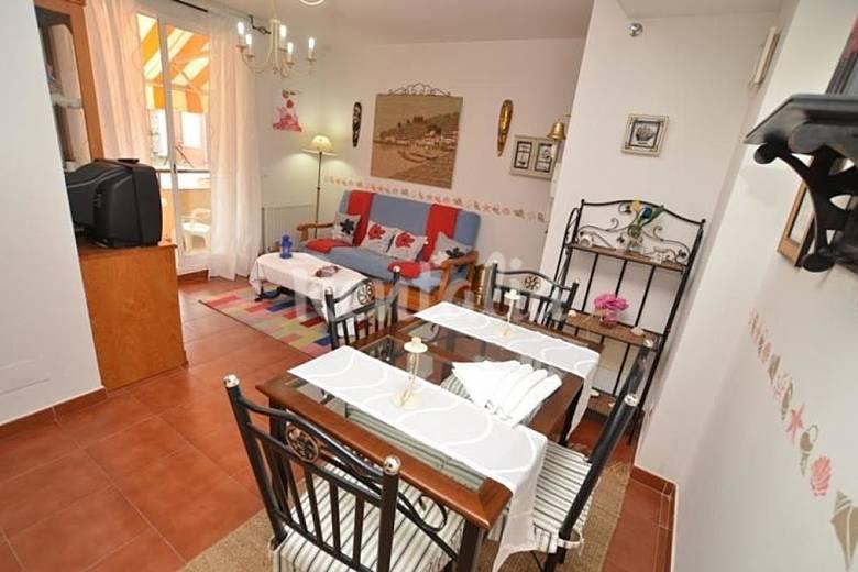 Apartamento para 6 personas en cantabria isla playa for Radiadores 7 islas