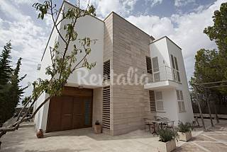 Villa for 10-12 people 15 km from the beach Majorca