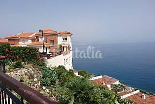 Casa 8-10 pax frente al mar. Vistas increíbles Granada