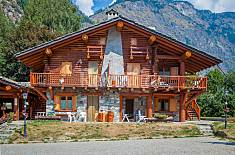 Apartment with 4 bedrooms and 3 bathrooms Aosta