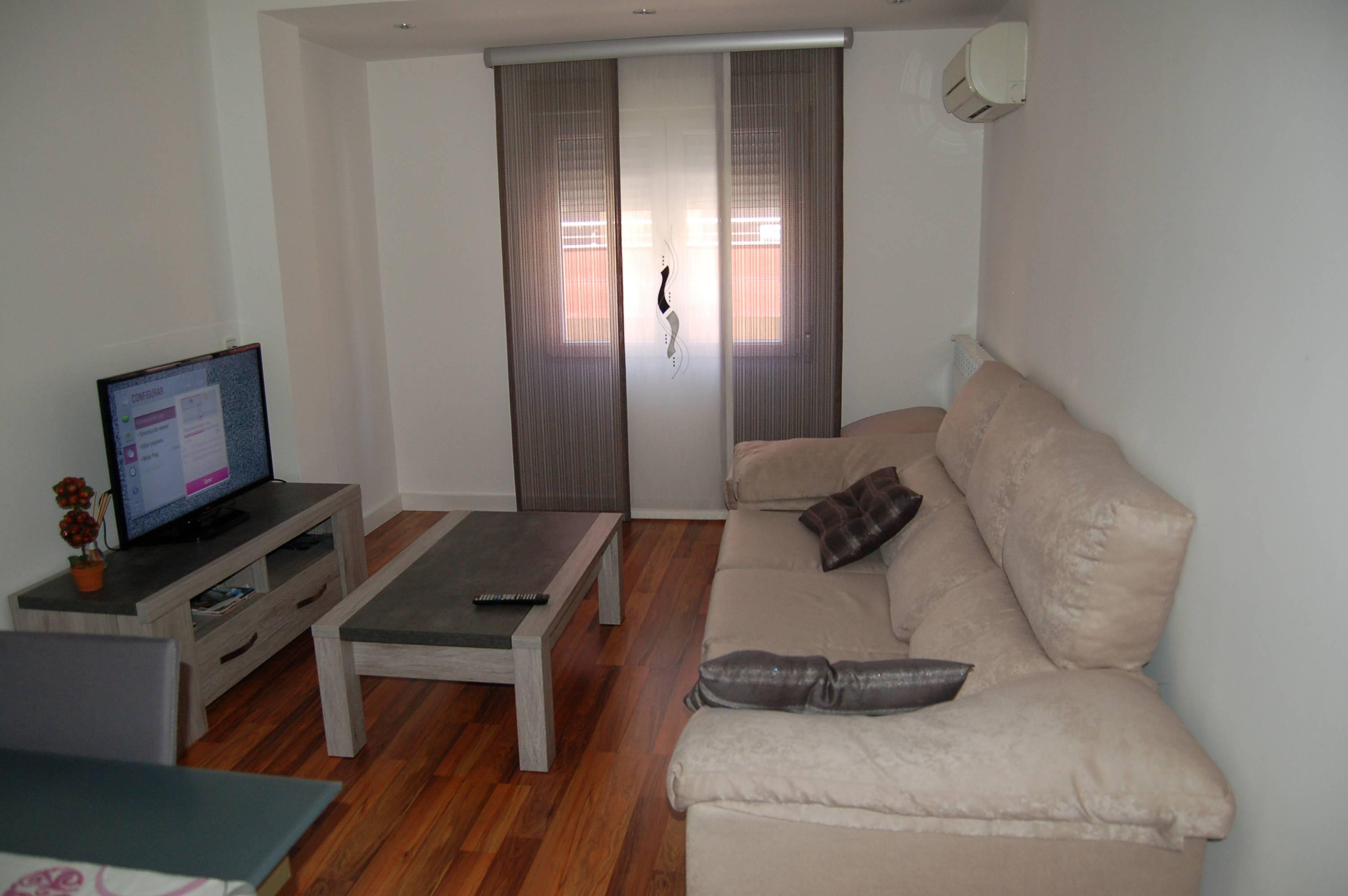 Piso 3 habitaciones en zaragoza centro c carmen zaragoza for Habitaciones zaragoza