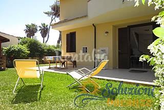 Villa with garden in Calabernardo Syracuse