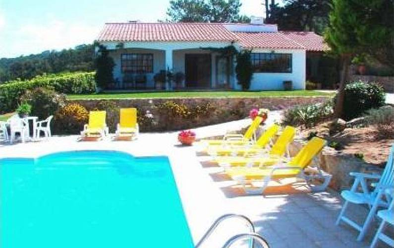 Villa with garden and a private heated pool Lisbon - Swimming pool