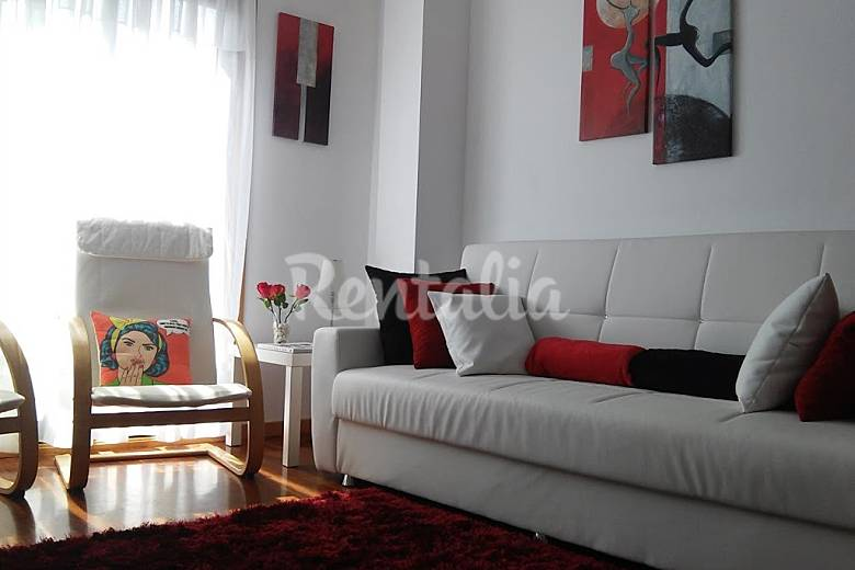 Apartamento en alquiler en pontevedra pescadeira vigo - Sofas baratos en pontevedra ...