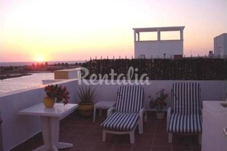 voll möblierte Wohnung, 120 Meter bis zum Strand Cádiz
