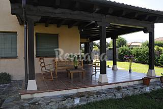 House with 4 bedrooms in Navas de Riofrío Segovia