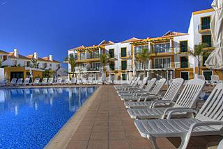 Apartment with 2 bedrooms only 1500 meters from the beach Algarve-Faro