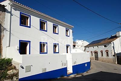 Casa para 6-7 personas en 1a línea de playa Leiria