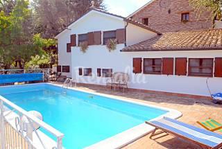 Apartamento en alquiler a 10 km de la playa Ancona