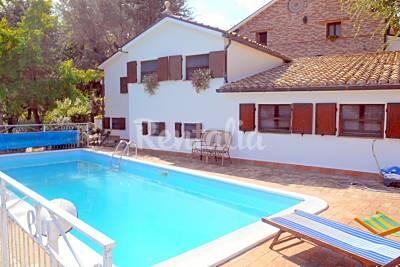 Appartamento in affitto a 10 km dalla spiaggia Ancona