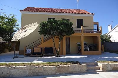 Casa para alugar a 1500 m da praia Braga