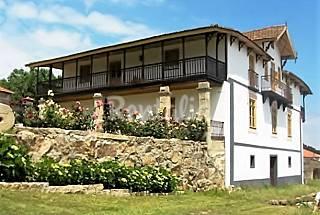 Casa Rural económica rodeada de montanha Vila Real