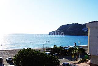 a spacious flat in front of La Herradura beach. Granada