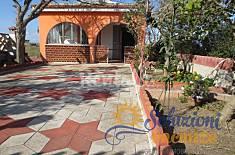 Villa with garden in Marina Marza Ragusa