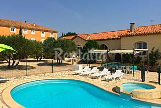 Stylish, large house with pool Herault