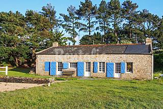 Rustic house with garden and boat Morbihan