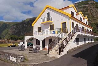 Casa da sogra Flores Island