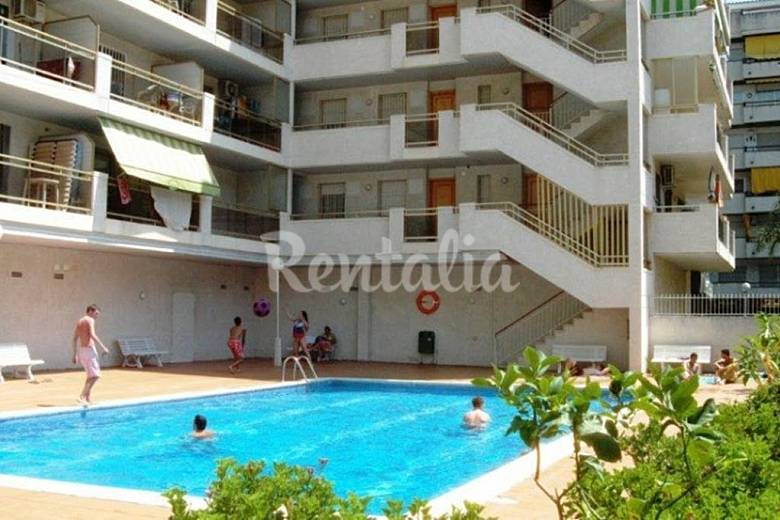 Apartamento para 6 personas en tarragona salou - Piscina infantil decathlon ...