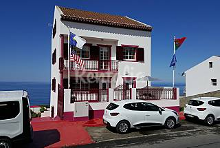 3 apartaments max 18 pax with view to the sea São Miguel Island