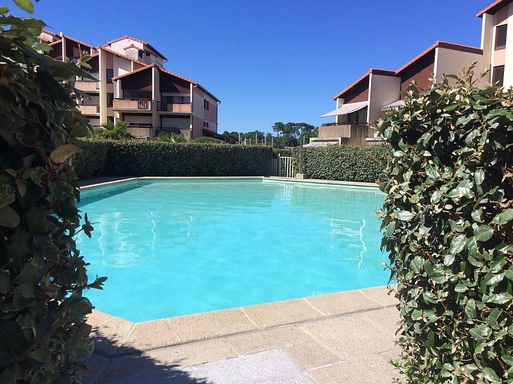 Studio avec piscine vue sur port capbreton landes for Piscine capbreton