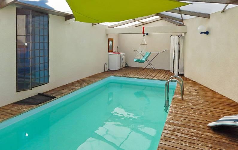 Maison avec piscine priv e et vue clermont ferrand puy - Piscine interieure montreal clermont ferrand ...