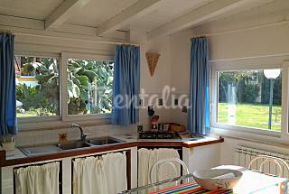 House with 2 bedrooms only 700 meters from the beach Latina