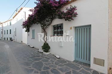Casa recientemente reformada cadaqu s girona gerona - Casas rurales cadaques ...