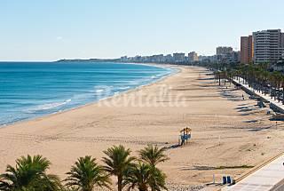 Magnífico ático en 1a línea de playa Alicante