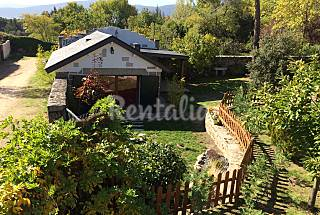 Cabañita independiente con jardín en Cercedilla Madrid