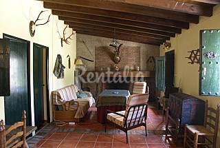 House with 4 bedrooms in Montánchez Cáceres