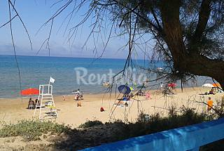 Apartment for 4 people on the beach front line Ragusa