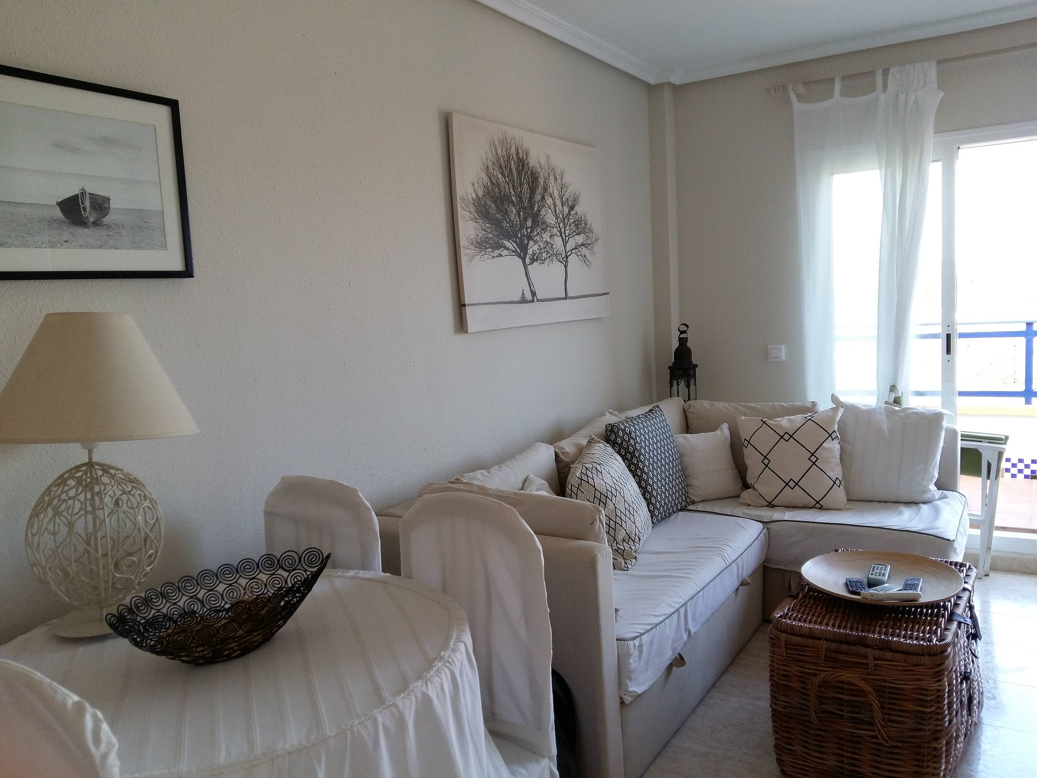 Apartamento En Alquiler A 50 M De La Playa Vera Playa Vera  # Muebles Directo Cee