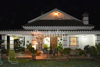 House with 4 bedrooms 10 km from the beach Cádiz
