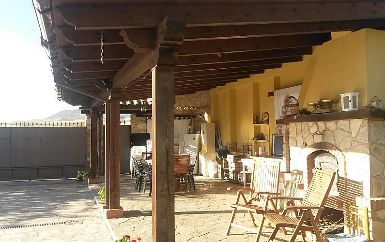 Villa-Chalet Terraza Cuenca Villar de Olalla Villa en entorno rural - Terraza