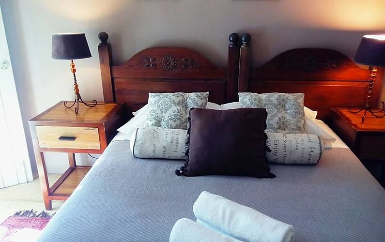 4 Bedroom Viana do Castelo Vila Nova de Cerveira Cottage - Bedroom