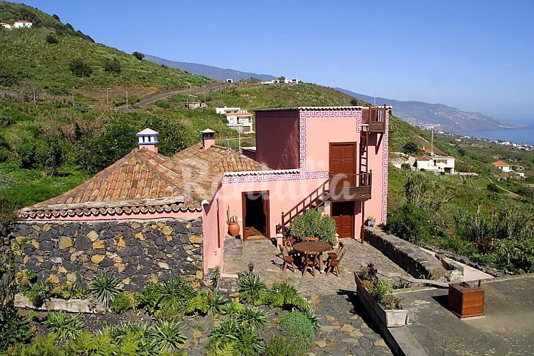 Casa rural celeste callejones villa de mazo la palma - Hotel rural en la palma ...