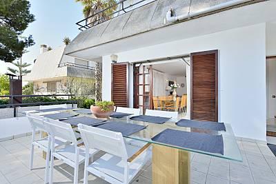Villa Valpin with Free Transfer*, 8 Bedrooms, 3 Ba Barcelona