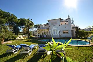 Vilamoura 4 bed room Villa facing the Golfe Algarve-Faro
