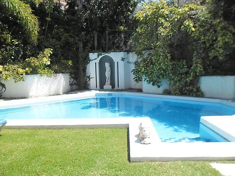 Apartamento para 4 personas con piscina las cuevas for Piscina santa cruz de tenerife