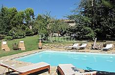 Villa for 10 people with swimming pool Terni