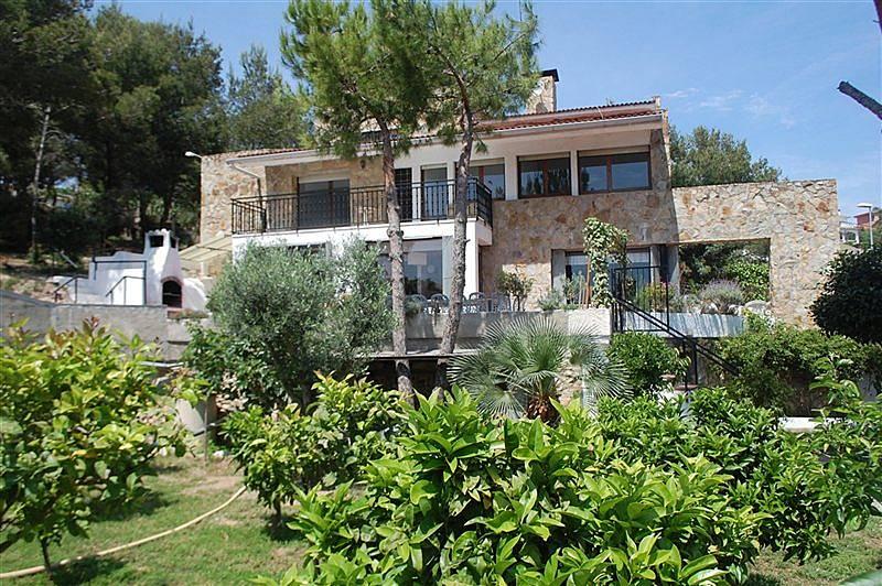 Casa in affitto a 1 9 km dalla spiaggia sitges for Barcellona case affitto