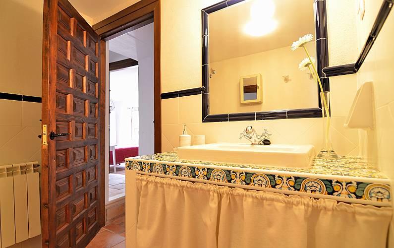 Casa Baño Cuenca Valdetórtola Casa en entorno rural - Baño