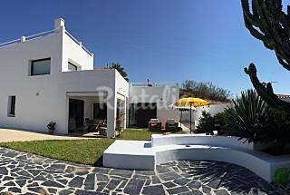 Villa de estila Ibiza a 250 m de la playa  Málaga