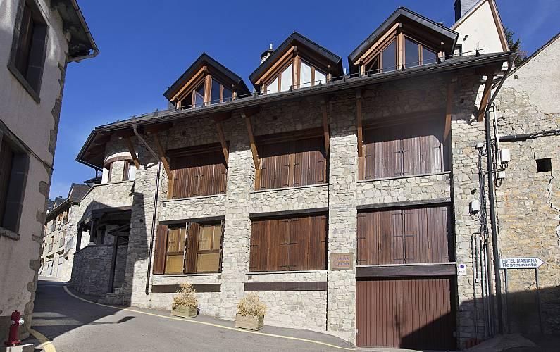2 Outdoors Huesca Sallent de Gállego House - Outdoors