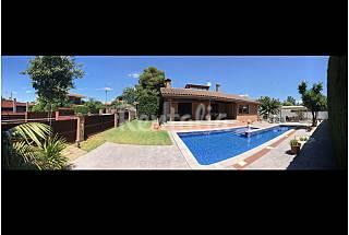 Villa.Piscina privada  8-10 pers. 300m playa+WIFI Tarragona
