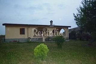 Villa para 16-18 personas a 1000 m de la playa Crotona