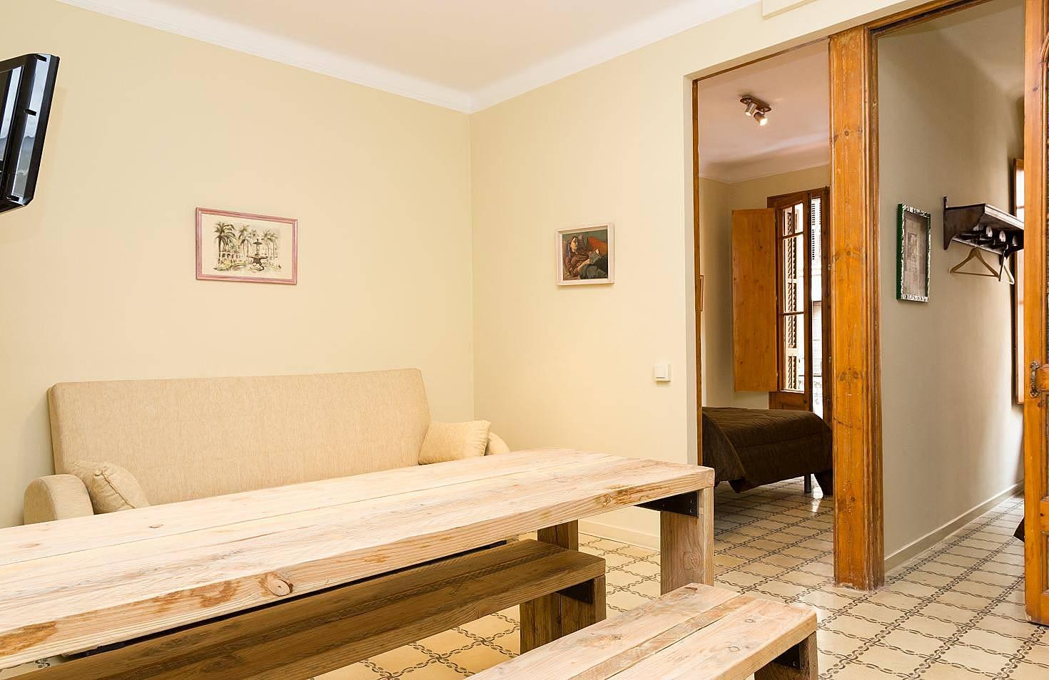 Gracia 3 dormitorios en barcelona centro barcelona for Habitacion 73 barcelona