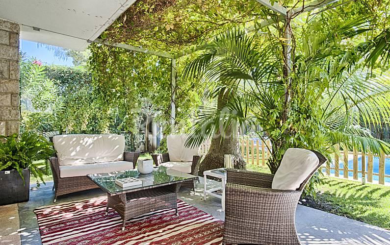 Villa te huur op 1200 meter van het strand cascais lissabon kust van lissabon for Terras strijkijzer