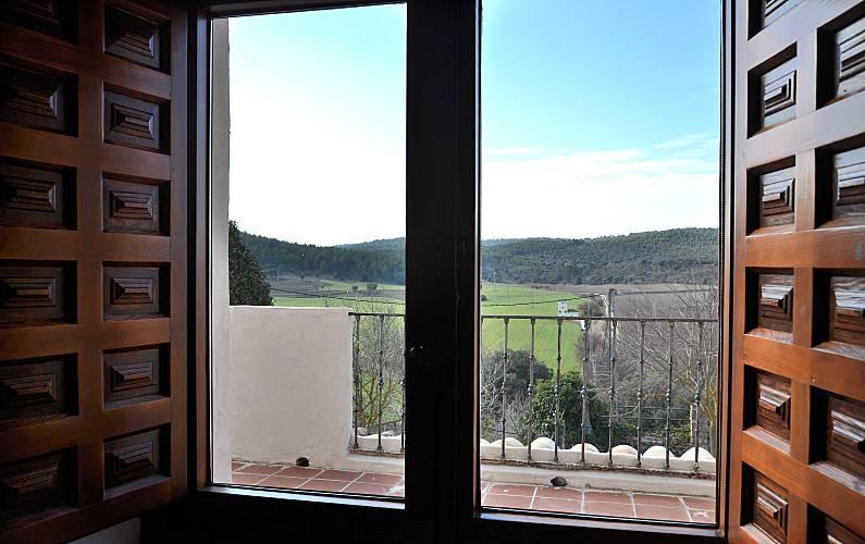 Casa Vistas desde la casa Cuenca Valdetórtola Casa en entorno rural - Vistas desde la casa
